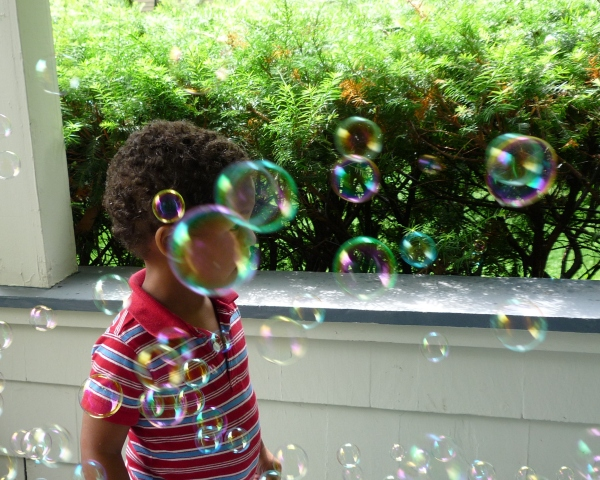 peter in bubbles